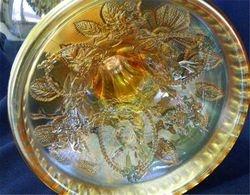 Wild Rose kerosene lamp with Lady Medallion interior