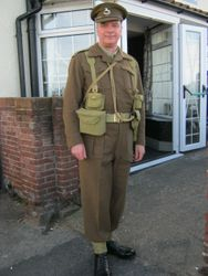 37 pattern Officers BD's ( new serge), worn by Steve Keyte