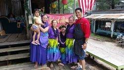 Trade Days - Canton - Lenny and Aloha Grill