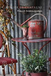 #26/042 FRENCH WATERING CAN RED