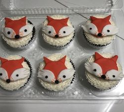 Red Fox Cupcakes