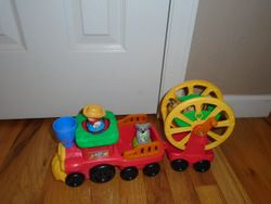 Fisher Price Little People Zoo Talkers Animal Sounds Zoo Train - $25