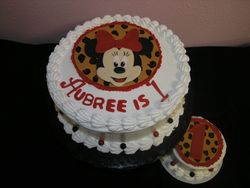 Tres leches Minnie Mouse