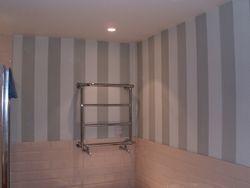 Stripy bathroom wallpaper