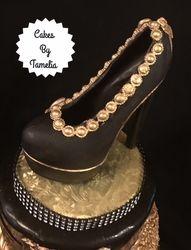 Edible shoe