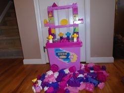 MegaBloks Build 'n Play Kitchenette - $35