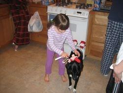Moreau - patient dog with child