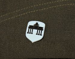 Berlin Bg. At the Reichstag: