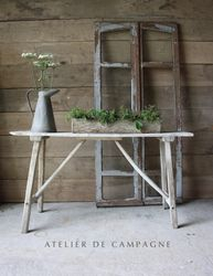 #29/083 VIGNETTE COUNTRY TABLE
