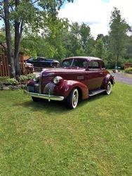 53.39 Pontiac coupe.