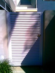 HORIZONTAL SLATTED PEDESTRIAN GATE