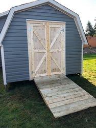 10' x 10' Deluxe Barn