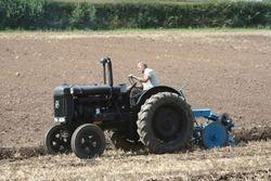 Fordson E27N Perkins P6 ploughing