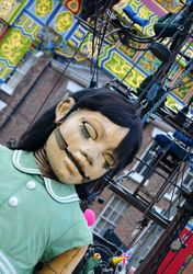 Little Girl Giant in Chinatown