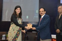 Prof Nupur Kapoor receiving the conference shield