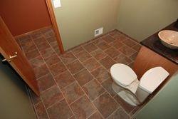 Bathroom 5 of 7