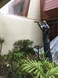 Walls Pressure Cleaning