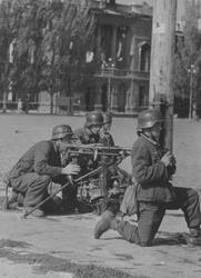 MG-42: