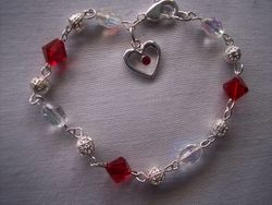 Heart and crystal breaclet