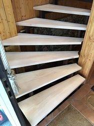 Treppenstufen nach der Sanierung