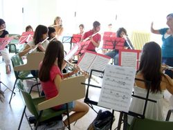 Ensayo de la orquesta de flautas