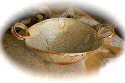 Speckled Leaves Handled Bowl
