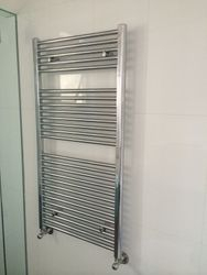 hydronic heating towel rail