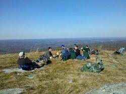 Crew 2 - Lunch at 1450'