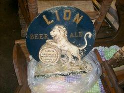 vintage lion beer ale sign