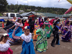 Folkorico Dancers