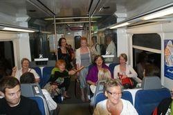 Ja junassakin laulatti!