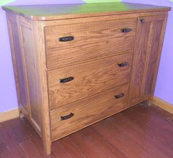 Baby changing table/dresser