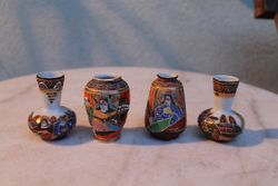Japonisko porceliano vazeles, 3 vnt. Kaina po 4 Eur.