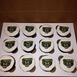 College Baseball Team Cupcakes