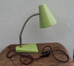 Mid century modern style staline lempa. Kaina 47