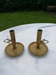 Antikvarines bronzines reguliuojamo aukscio zvakides. 2 vnt. Kaina 16 uz abi.