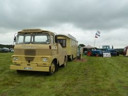 SCAMMELL & Showmans living van