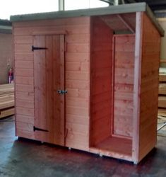 Pent Shed 7' x 3' (incl. log store)