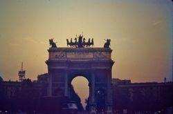 445 Arco della pace Milan