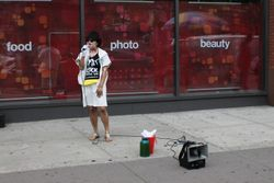 Chanel (MD) sharing about her vitiligo on the streets of NY