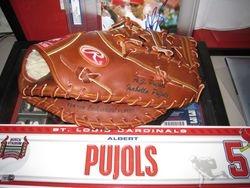 2006 Albert Pujols Glove