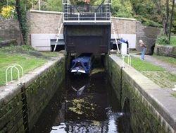 Salterhebble Guillotine Lock
