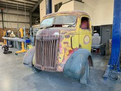 29. 38 FORD COE