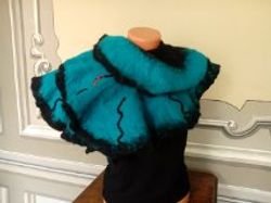 SCALLOPED SHAWL £35 each