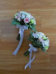 Jnr Bridesmaid/Flower Girl Posies  #F304