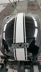 Ducati blanke lak
