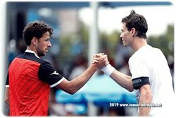 Handshake Tomas Berdych and Robin Haase