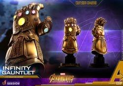 1:4 Scale Infinity Gauntlet