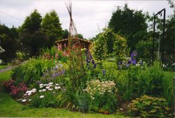 Cottage island bed Scarisbrick