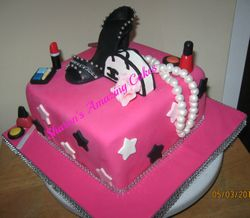 CAKE 51A2 -Another Fashionista Cake